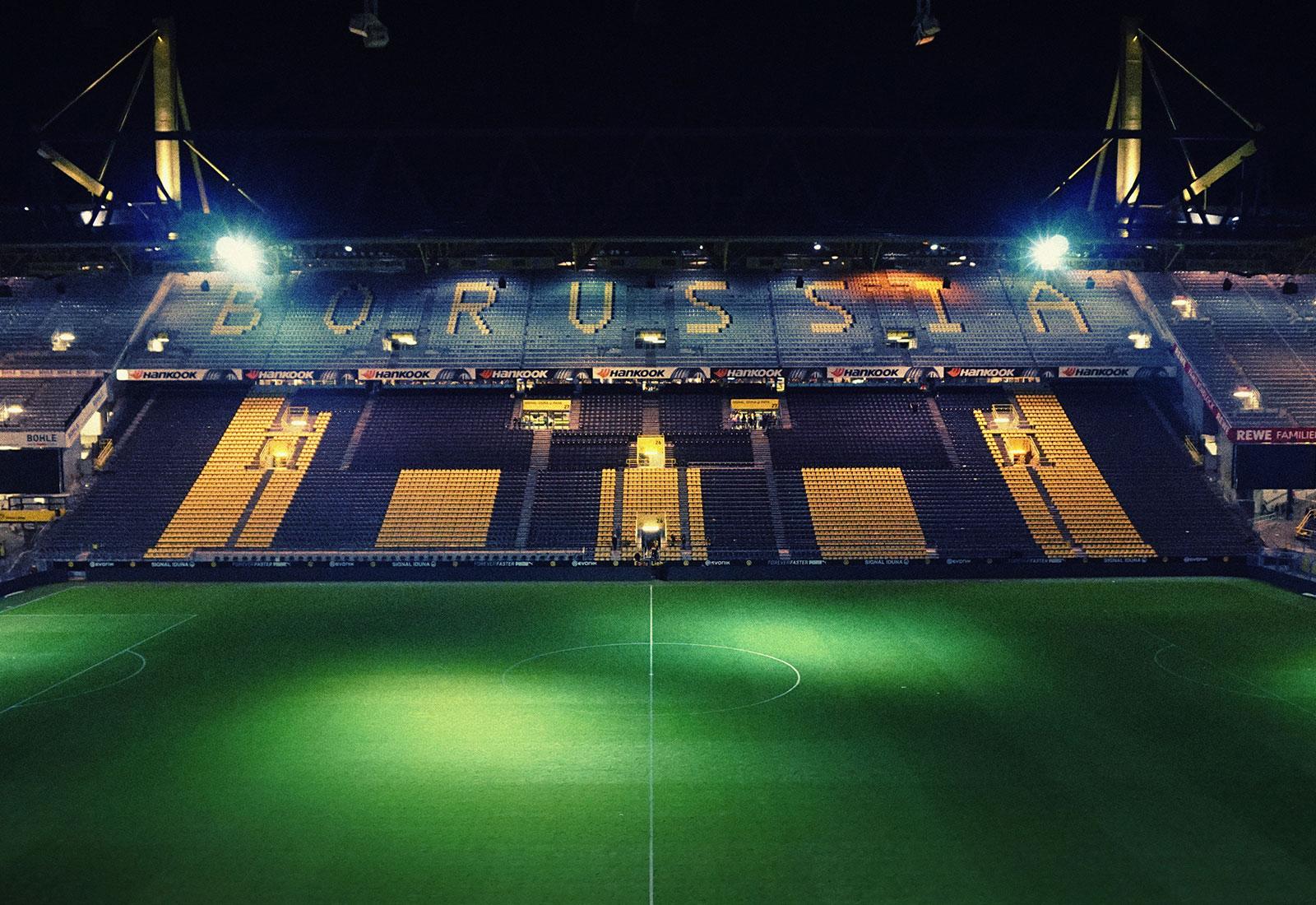Live Fussball im WENKERS in Dortmund